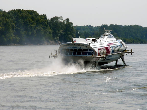 viena budapest en barco